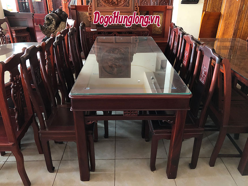 Bộ bàn ăn cho gia đình thành đạt