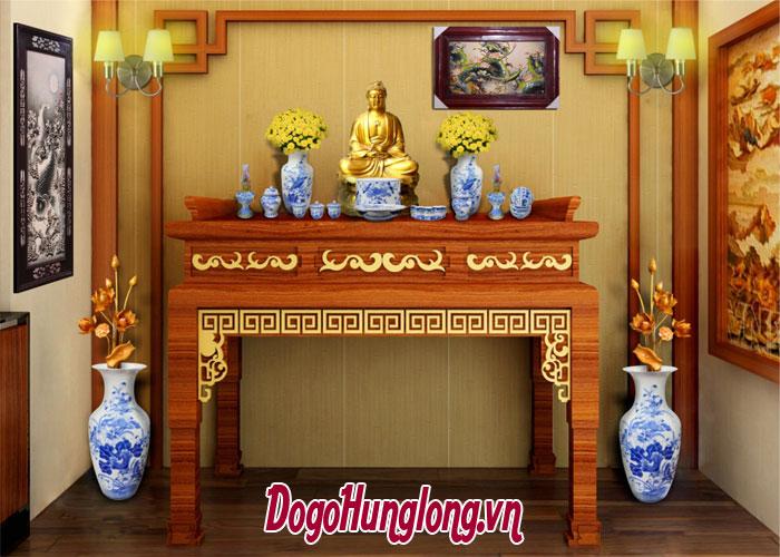 Bàn thờ làm chất liệu gì và mặt gỗ như thế nào để gia đình may mắn và bình an