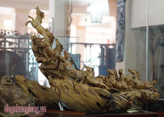 Hướng dẫn cách bài trí ngựa gỗ chuẩn phong thủy