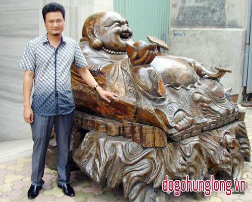 Tượng phật di lặc cười có 1 không 2 ở Việt Nam