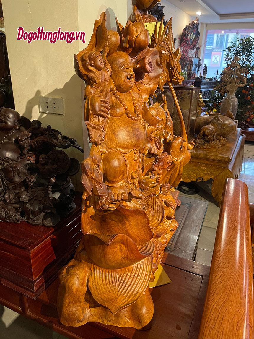 Di lặc toạ đài sen gỗ hương