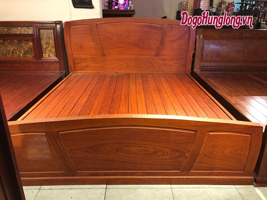 Giường đôi gỗ hương