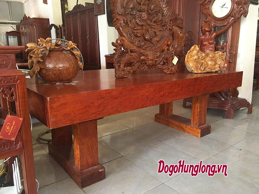 Bàn gỗ cẩm lai, nguyên tấm, kích thước dài 2,2m rộng 1m, dày 0,2m