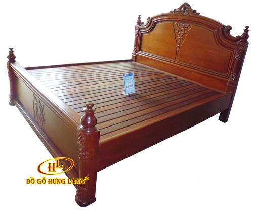 Giường cột trụ gỗ Hương